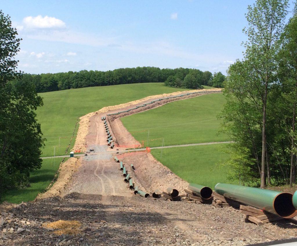 gas-pipeline-installation-BRMMTDE_resize