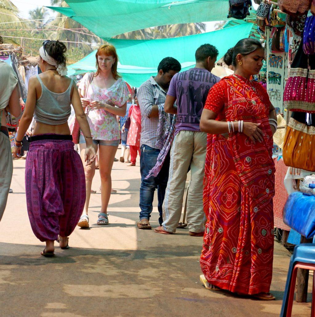 IN GA Anjuna Flea Market 2014 03 (21)