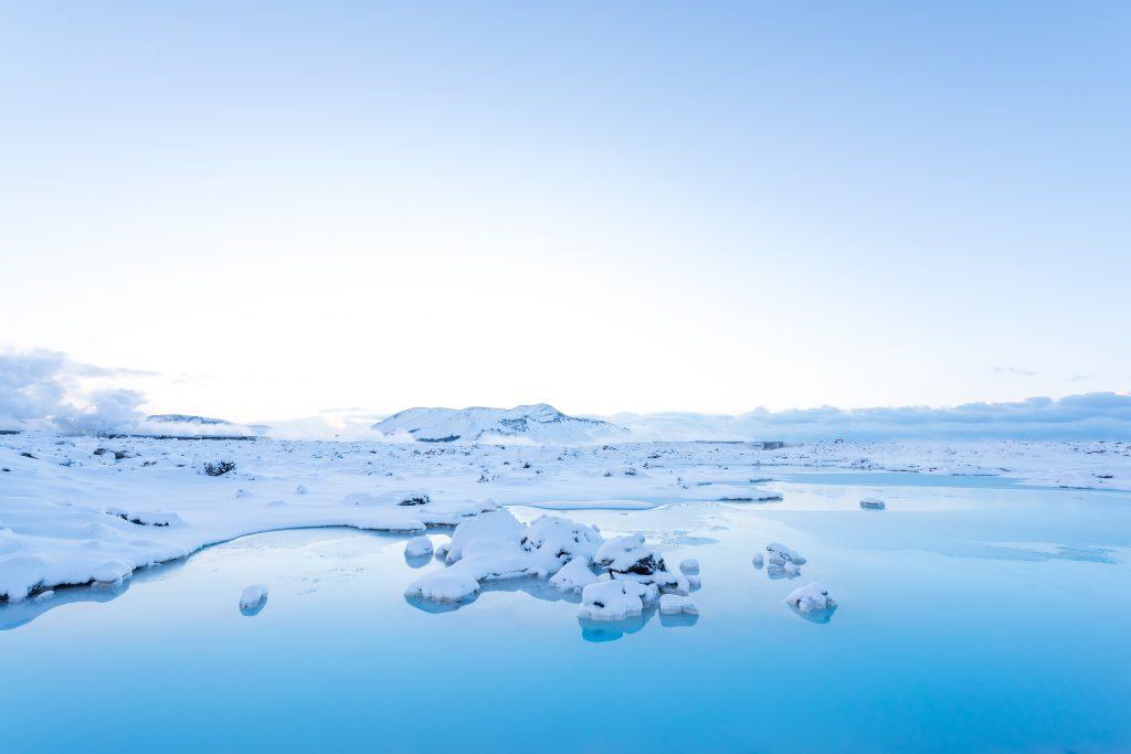 jokulsarlon-glacier-ice-lagoon-iceland-CEN7AHB