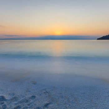 marble-beach-saliara-beach-thassos-islands-greece-PUWYCBE