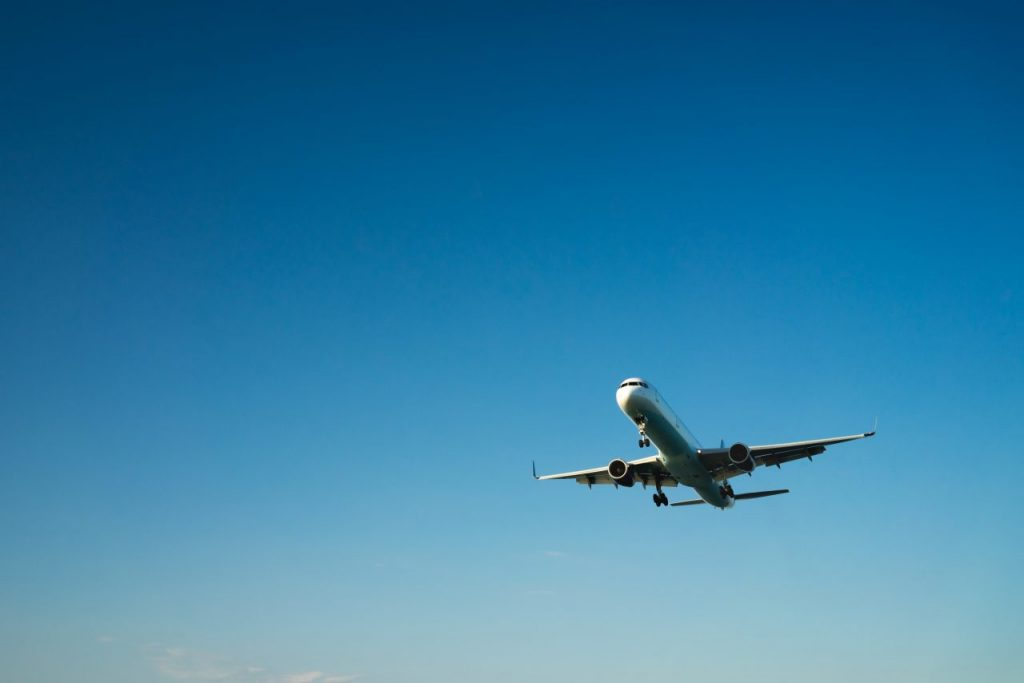 airplane-on-a-blue-background-PF5FYDW