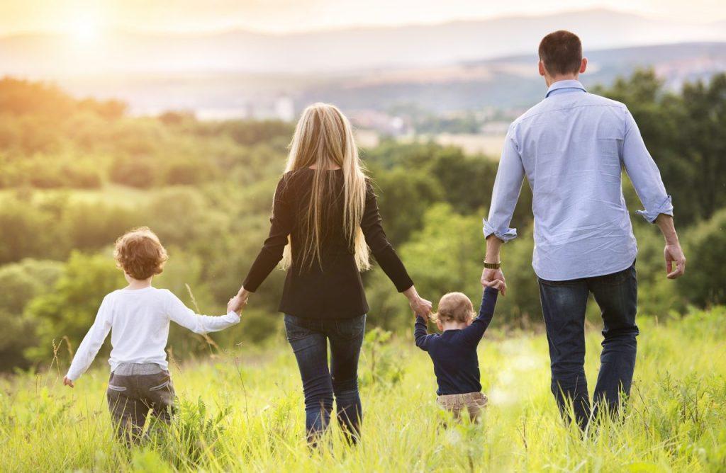 happy-family-PHDZZNB