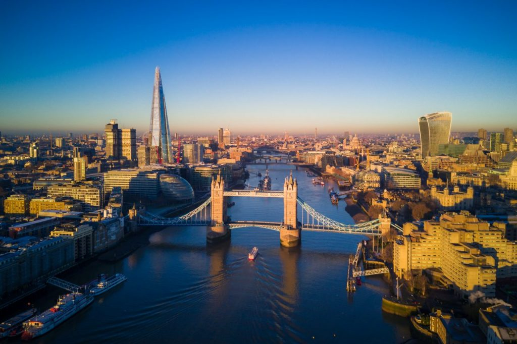 aerial-view-of-london-and-the-tower-bridge-2SDZ6W9