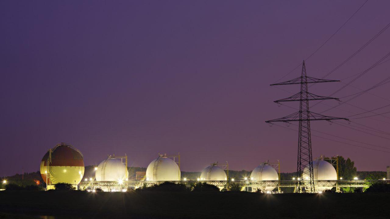 liquid-gas-tanks-at-night-XVRDUZW