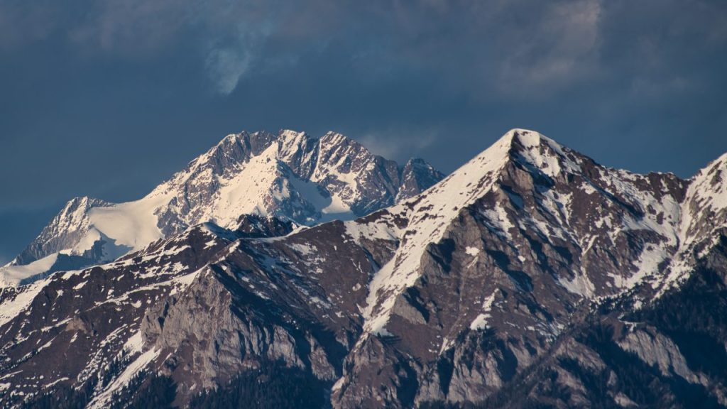 the-orobie-alps-and-the-rhaetian-alps-3QCUP2U