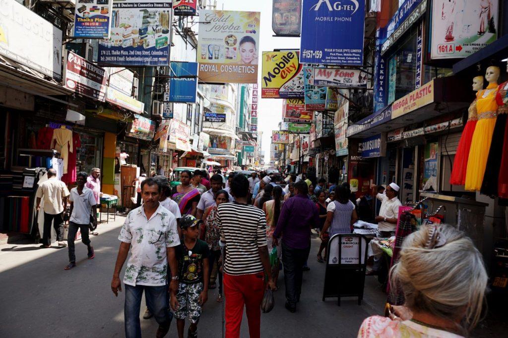 LK Colombo Market 2017 02 (1)