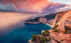 SENSE OF GREECE shutterstock_1722481708