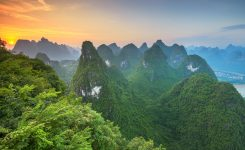 karst-mountains-of-xingping-guilin-china-9L28ARV_resize